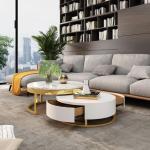 Casa Padrino Luxus Couchtisch Set Weiß / Gold - 2 runde Wohnzimmertische - Wohnzimmer Möbel - Luxus Qualität