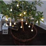 Warmweiß leuchtende LED-Solar-Lichterkette Globini